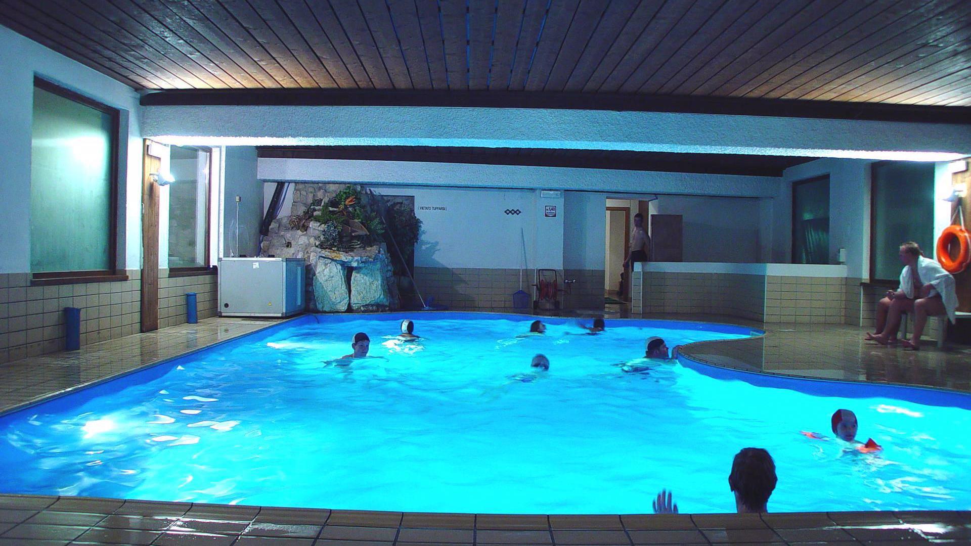 Club hotel alpino azienda per il turismo folgaria lavarone e luserna - Folgaria hotel con piscina ...